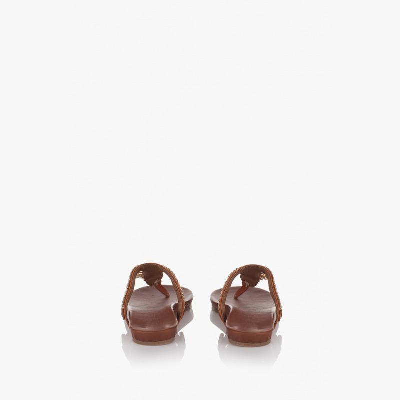 af68992a243 Дамски чехли в кафяво с аксесоар Филомена | Дамски сандали | GIDO