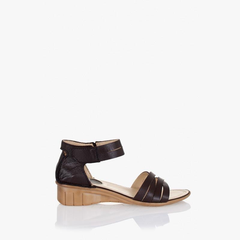 a9cce0353e9 Кафяви дамски сандали Габриела | Дамски сандали | GIDO