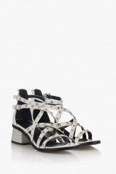Дамски сандали с аксесоари в бяло Рока