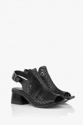 Кожени дамски сандали с перфорация в черно Мелиса