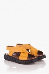 Кожени жълти сандали Карена