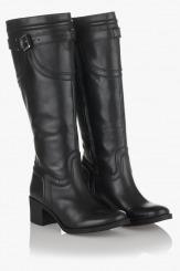 Дамски зимен ботуш Лоретта с топъл хастар в черно