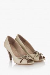 Дамски обувки Джой в бежово