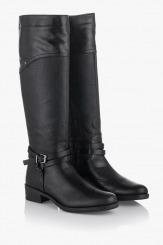 Дамски зимни ботуши Амелия в черно
