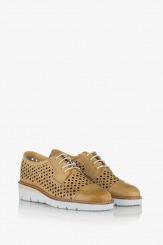 Дамски ниски обувки в жълто с перфорация Санта