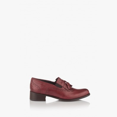 Дамски класически обувки в бордо Александриа