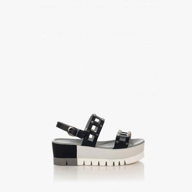 Черни дамски сандали на платформа Клеър