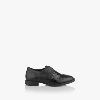 Кожени дамски обувки с лак Киара в черно