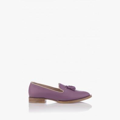 Кожени дамски обувки в лилав цвят с аксесоар Карла