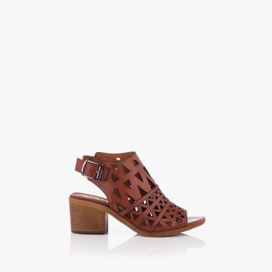 Кожени дамски сандали с перфорация Бенигна