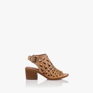 Кожени дамски сандали в бежово Бенигна