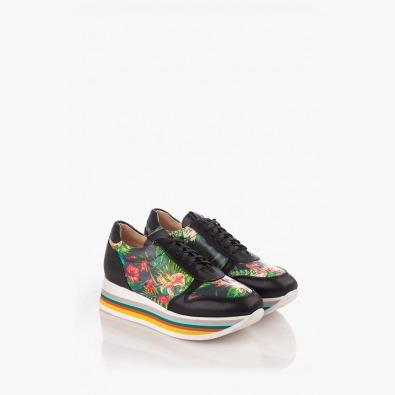 Спортни дамски обувки с цветен принт
