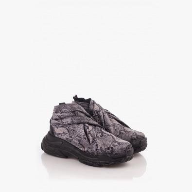 Спортни дамски обувки в лилаво
