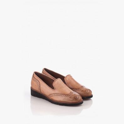 Кожени дамски обувки в бежов цвят