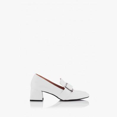 Дамски обувки на ток в бял лак Елла