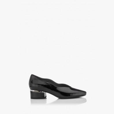 Дамски обувки в класическо черно Нора