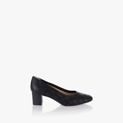 Дамски обувки Ками в черно