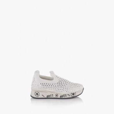 Бели дамски спортни обувки Белла