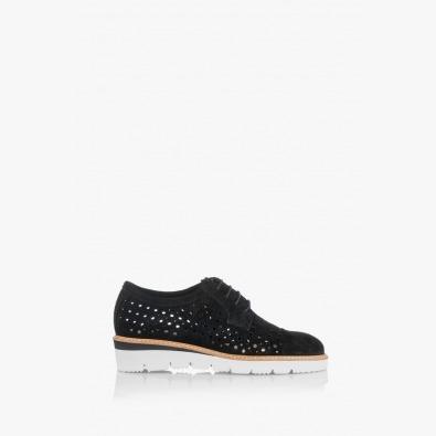 Велурени черни дамски обувки с перфорация Санта