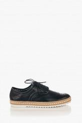 Кожени дамски обувки с връзки в черно Анабел