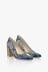 Елегантни дамски обувки на ток