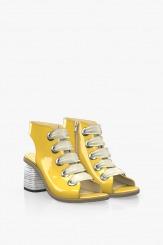Жълти дамски сандали от лак