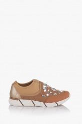 Дамски спортни обувки Зари в бежово