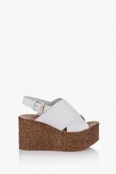 Дамски сандали в бяло на платформа Фрея