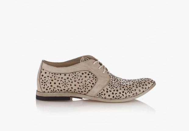 Дамски обувки от естествена кожа с перфорации Фиори